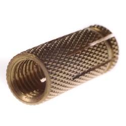 Tuleja rozporowa mosiężna M10 - 50 szt